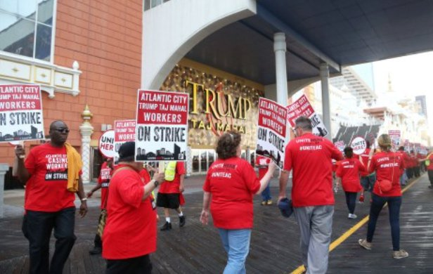 Atlantic City Local 54 on Strike outside Trump Taj Mahal