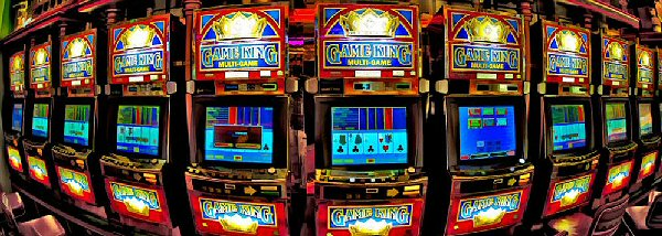 How Alike are Video Poker and Slot Machines?