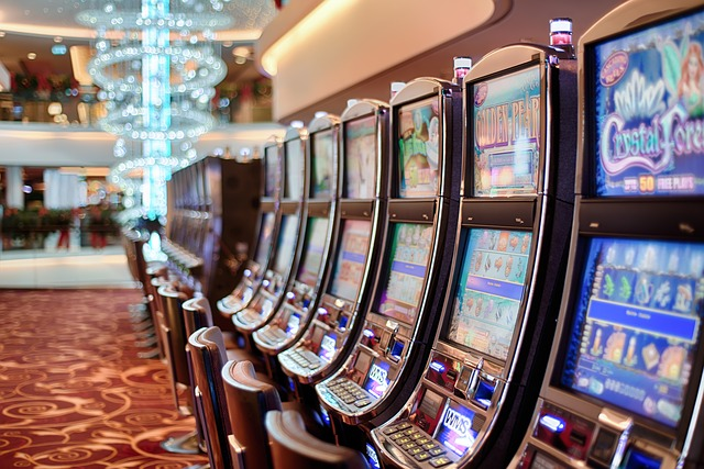7 Not-So-Crazy Reasons to Play Slot Machines Instead of Blackjack