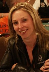 Famous Canadian Gamber Monica Reeves